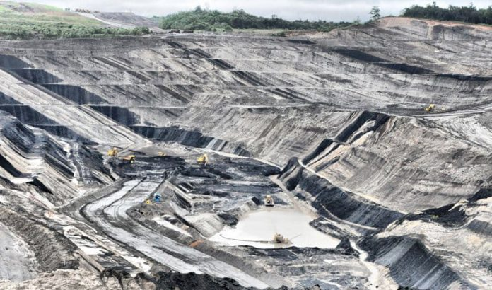 Jatam: UU Minerba dan Cipta Kerja Kado Istimewa dari Presiden dan DPR untuk Pembisnis Tambang