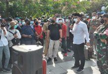 PCNU Surabaya Puji Walikota Eri Cahyadi Temui Warga Madura Saat Unjuk Rasa